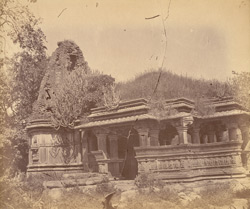 General view of the large Sasbahu Temple, Nagda